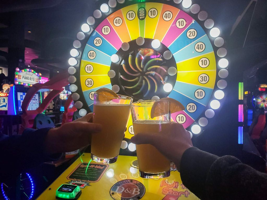 dave and buster's deals | budget-date-ideas